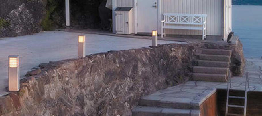 Header_outdoor-lighting-pedestal-halmstad