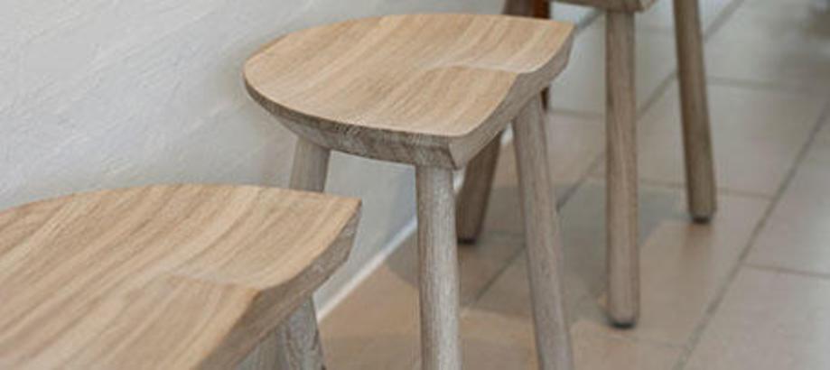 Header_outdoor-furniture-stools-bar-stools-cobbler-stool