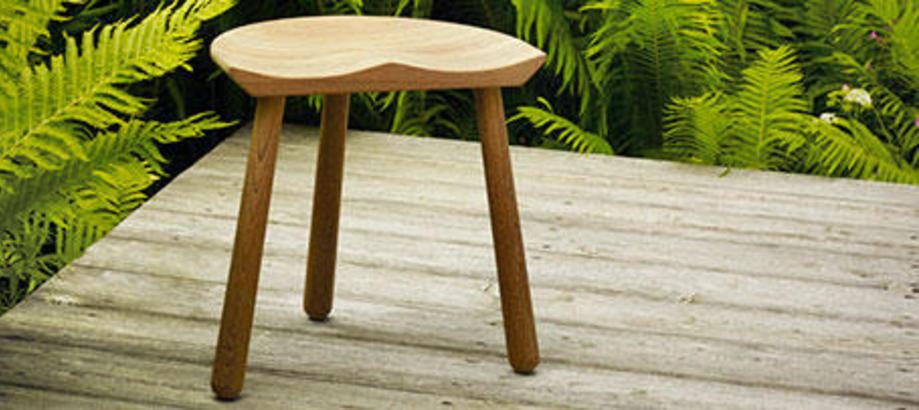 Header_outdoor-furniture-other-wooden-furniture-cobbler-stool
