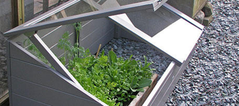 Header_plant-stuff-propagation-protection-cold-frame
