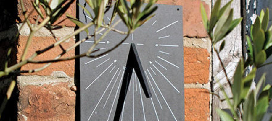 Header_garden-services-recycle-recycled-sundial