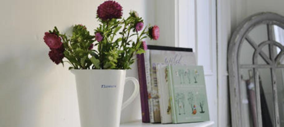Header_flower-vases-ceramic-jug-wider