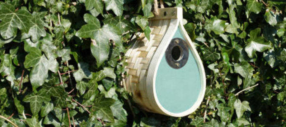 Header_garden-friends-dewdrop_bird_nestbox