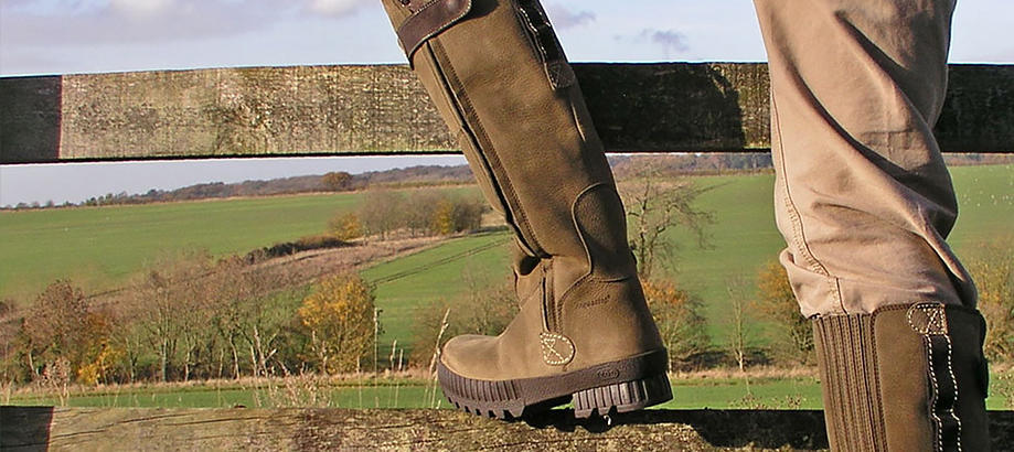 Header_for-the-gardener-zoo-boots-mens-zoo-boots