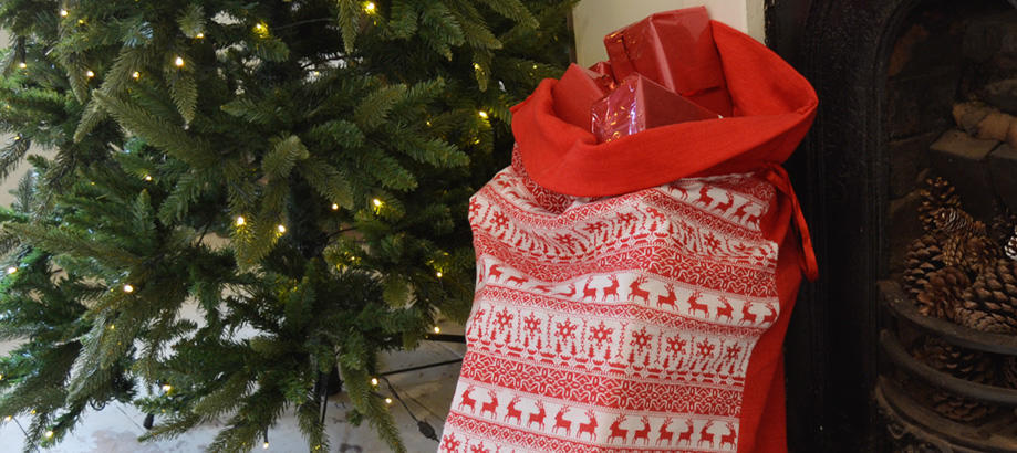 Header_garden-art-and-decor-christmas-decor-scandi-sack