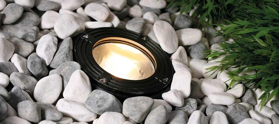Header_outdoor-lighting-aluminium-walk-over-deck-light