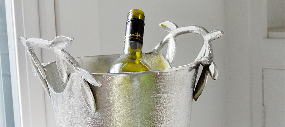 Header_alfresco-living-wedding-and-party-table-olive-wine-cooler
