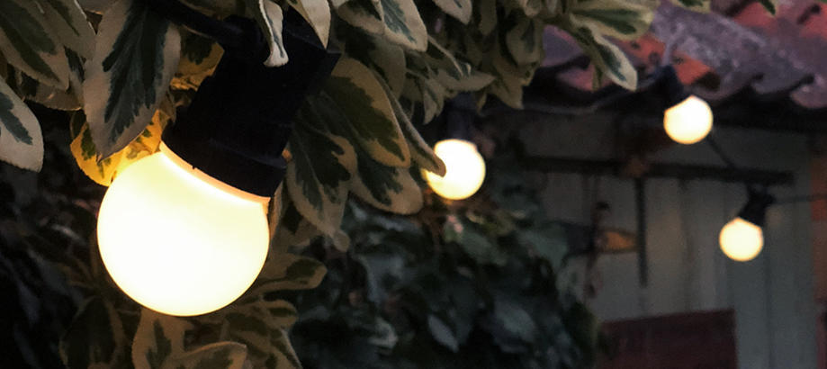 Header_outdoor-lighting-festoon-lighting-festoons