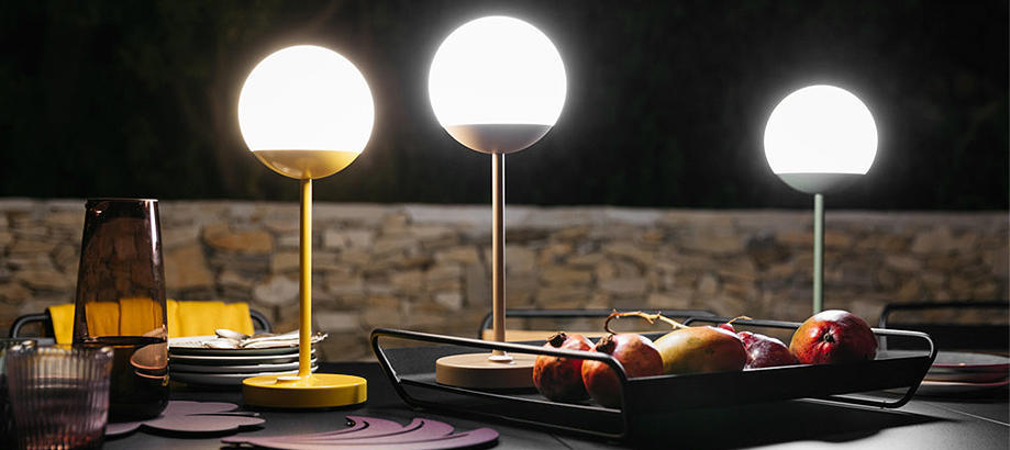 Header_outdoor-furniture-fermob-fermob-lighting-mooon