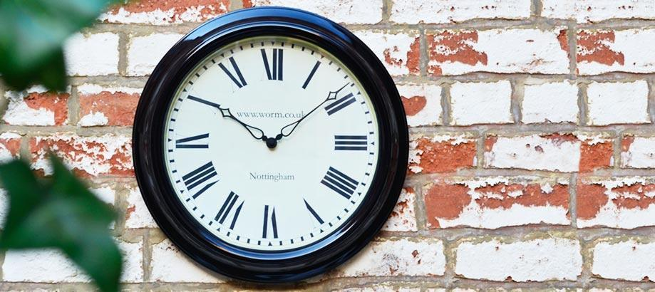 Header_garden-guidence-outdoor-clocks-lascelles-clock