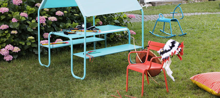 Header_outdoor-furniture-fermob-kids-outdoor-shot