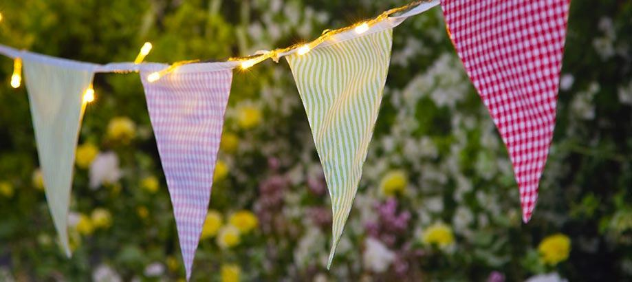 Header_for-the-gardener-gifts-for-kids-village-bunting
