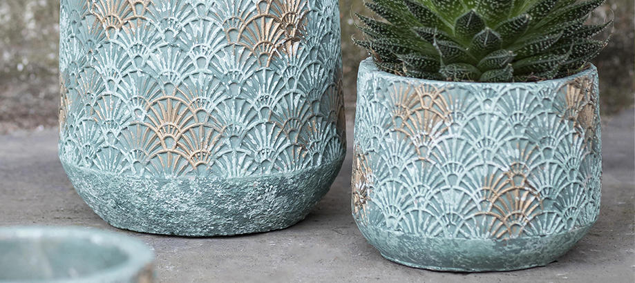Header_plant-stuff-pots-verdigris-art-deco-pot