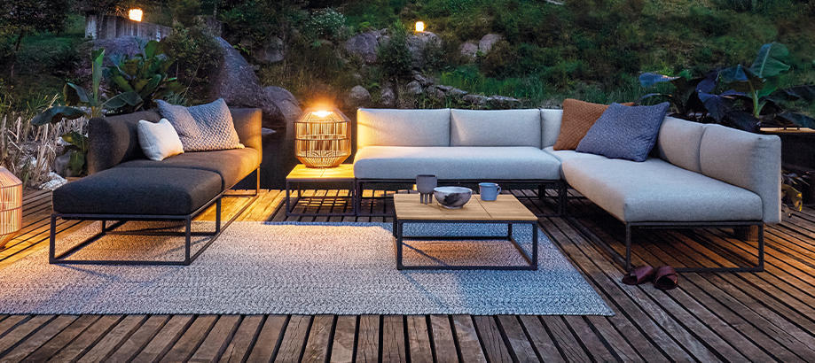 Header_outdoor-furniture-gloster-collection-maya
