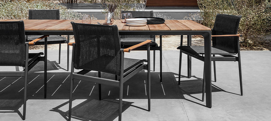 Header_outdoor-furniture-gloster-collection-180
