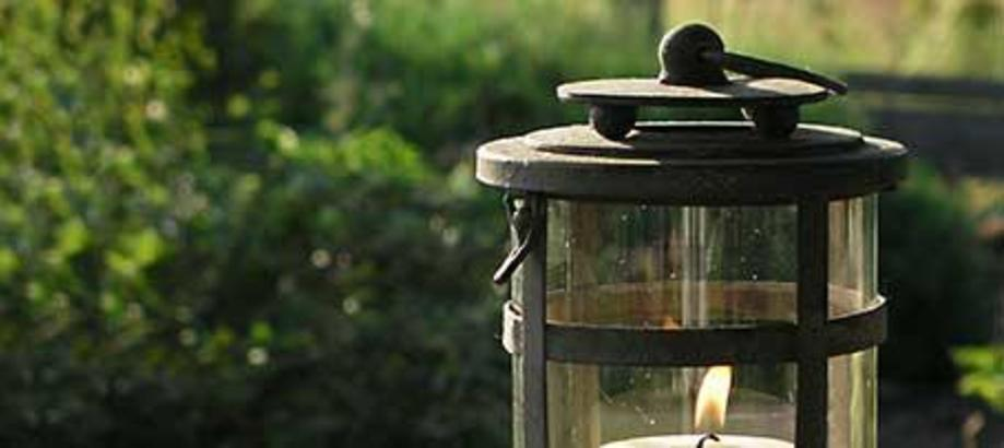 Header_garden-art-decor-garden-room-decor-rustic-round-lantern