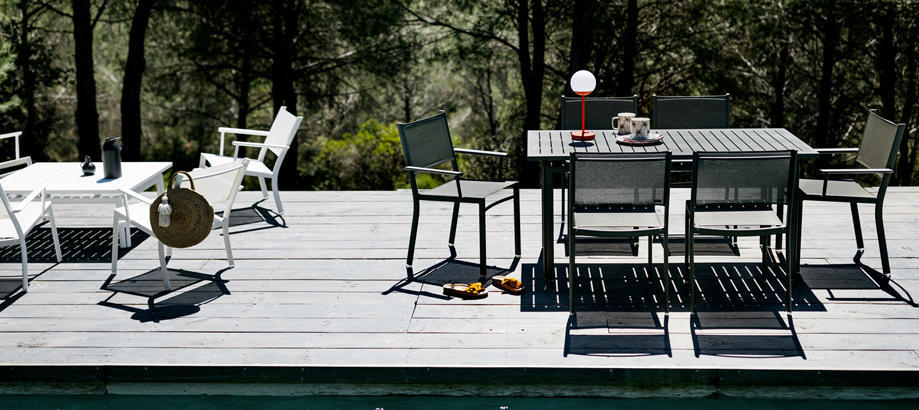 Header_twtt-outdoor-furniture-fermob-costa