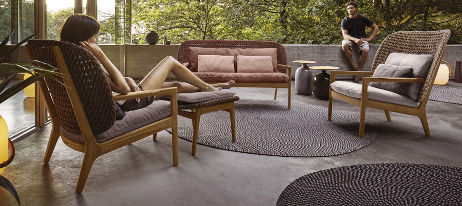 Header_cat-image-outdoor-furniture-gloster-kay