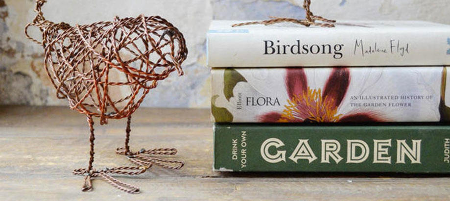 Header_cat-image-garden-decor-shelf-decor