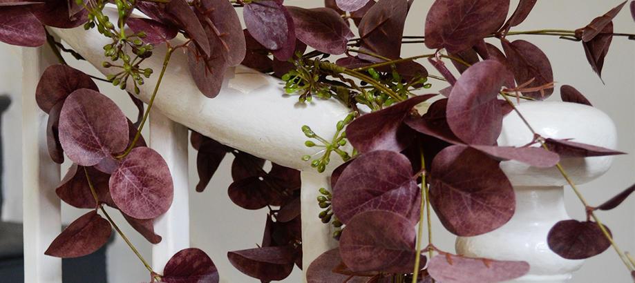 Header_cat-image-garden-decor-wreath-garland-mulberry