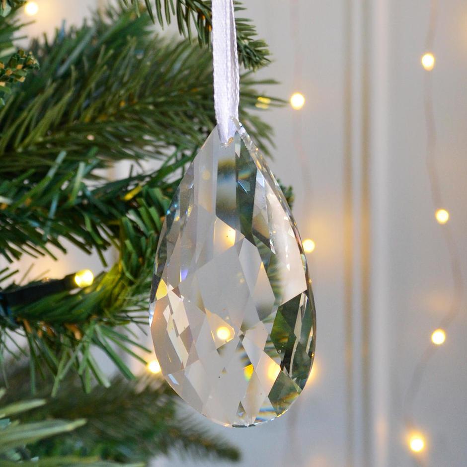 Hanging Crystal Drop