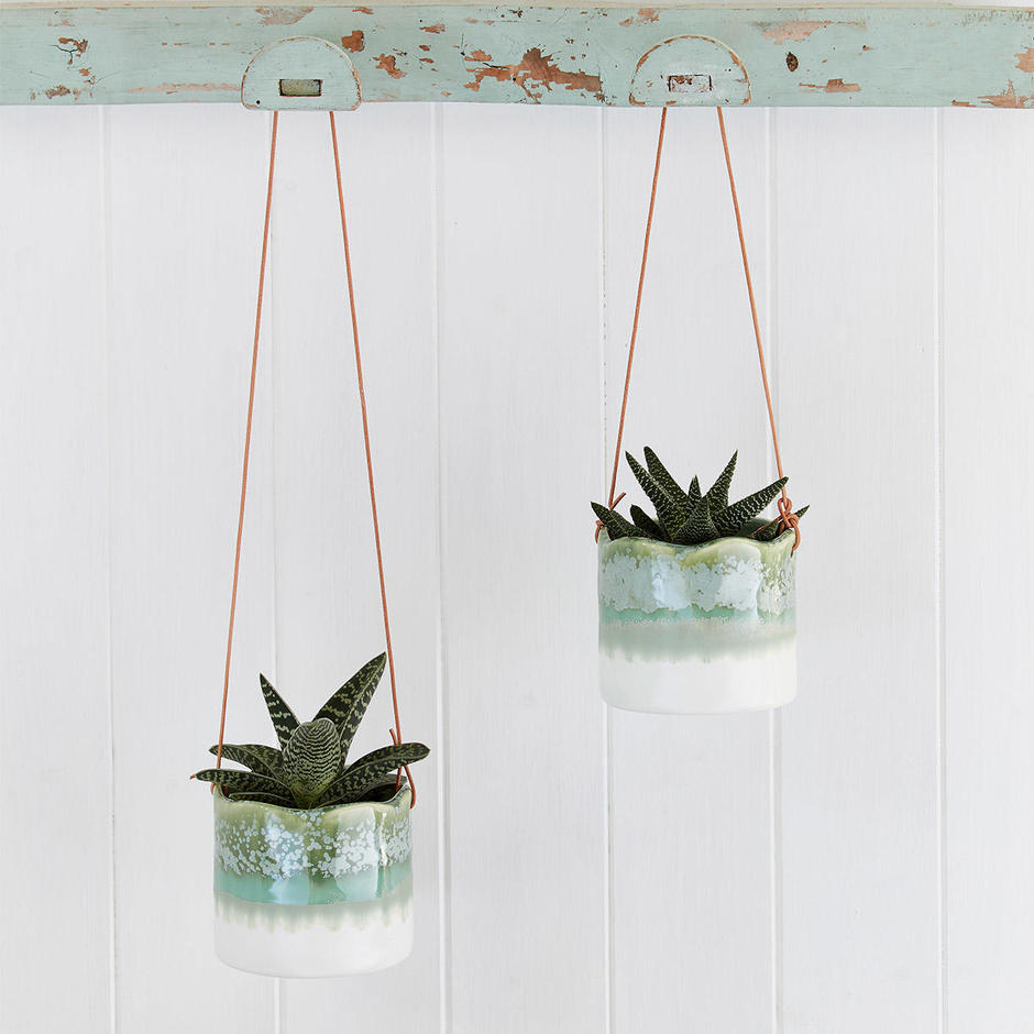 Indoor Hanging Pot - Wave Design