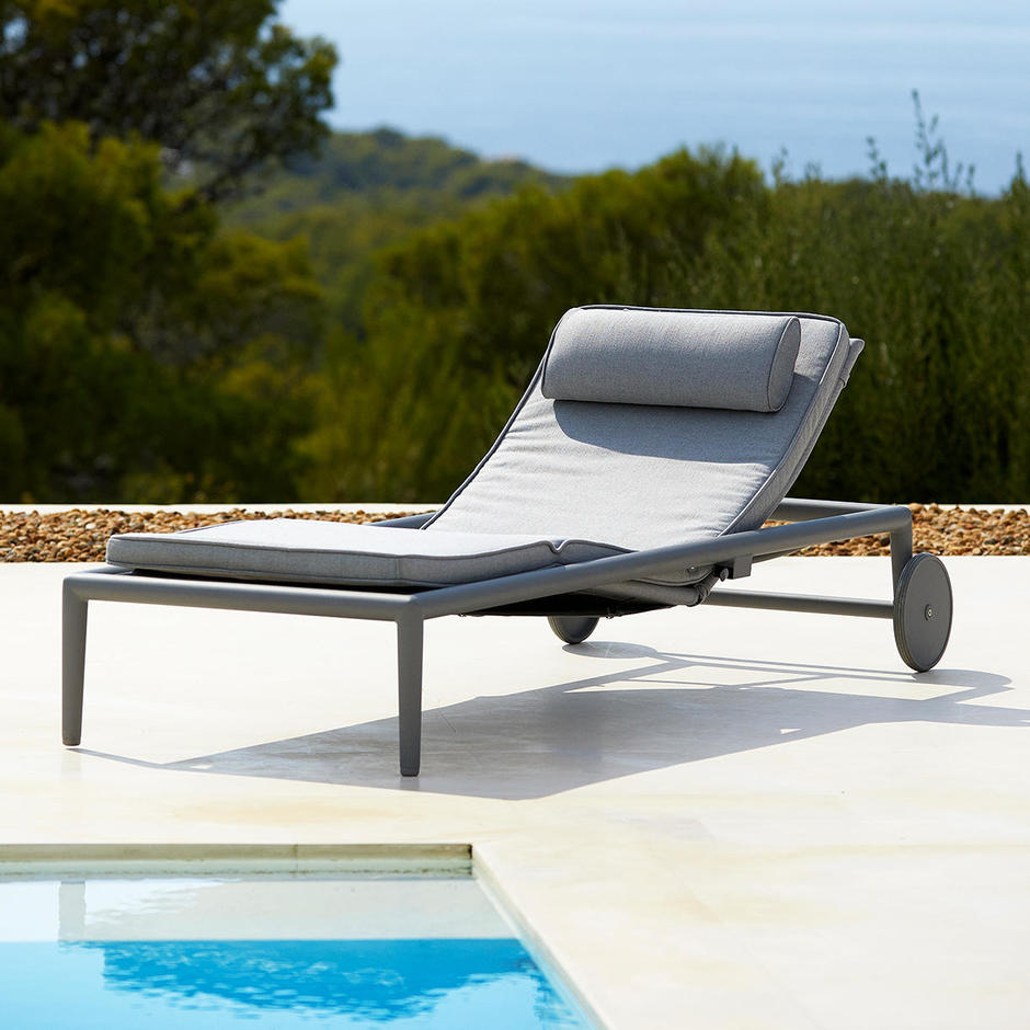 Conic Air Touch Outdoor Sun Lounger