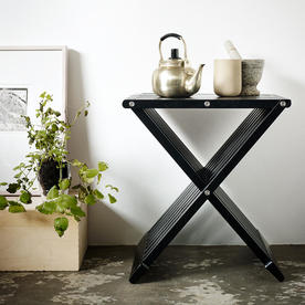 Fionia Stool/Table
