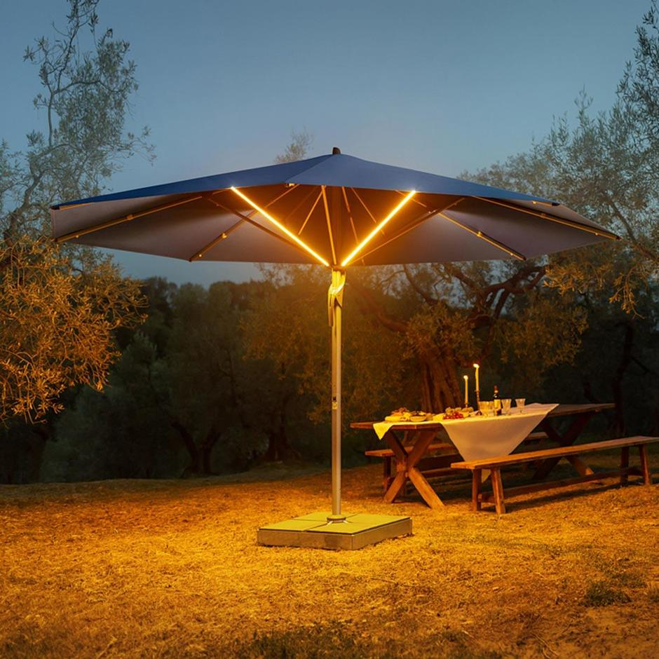 Fortello LED Round Bespoke Deluxe Parasol