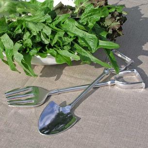 Spade and Fork Salad Servers