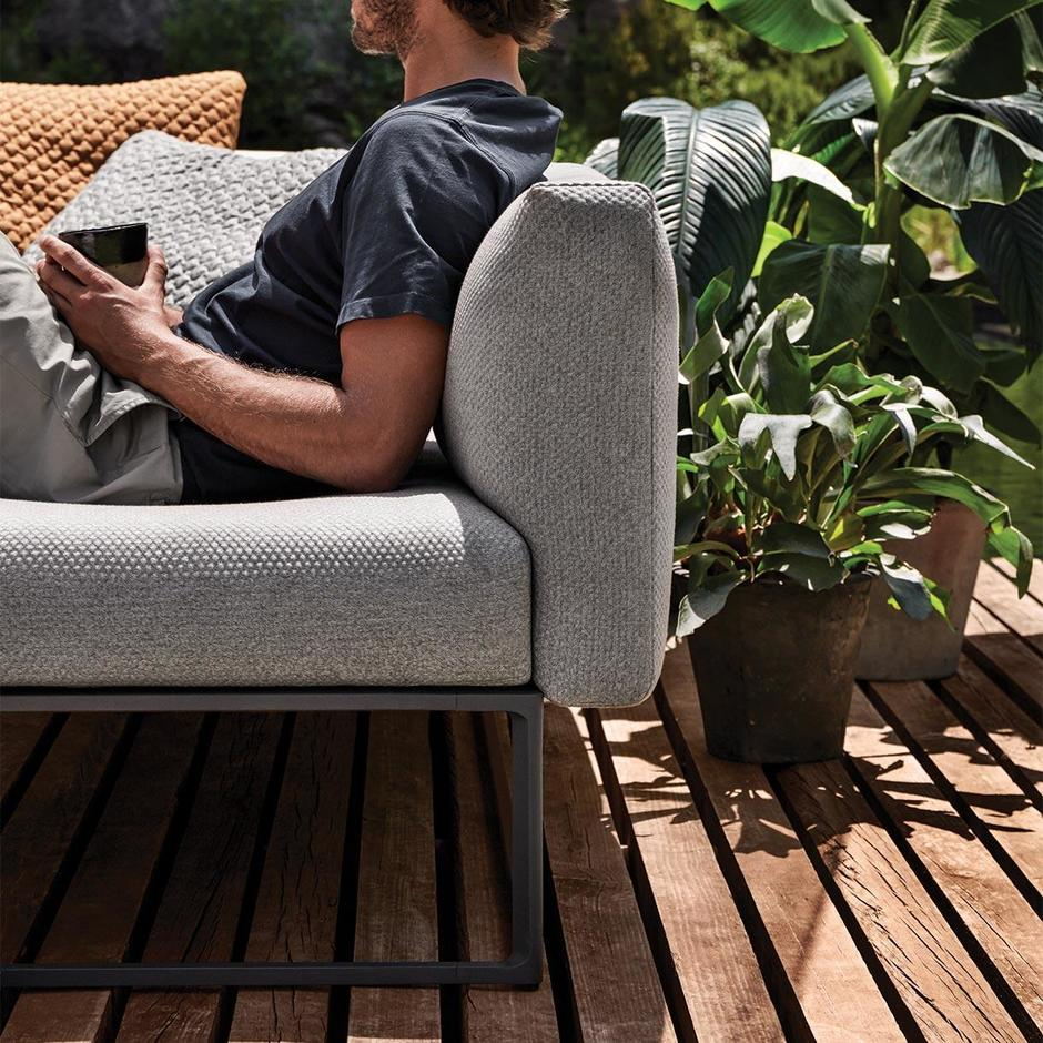 Maya Outdoor Lounge