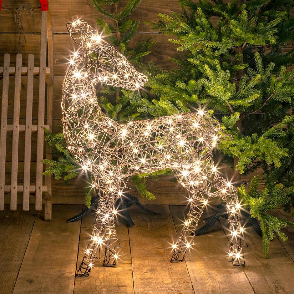 Outdoor Wicker LED Gazing Reindeer