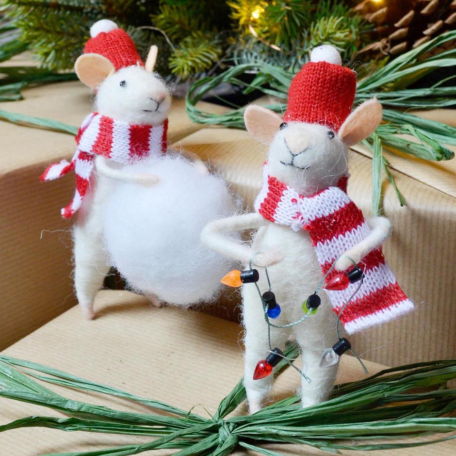 Let's Build A Snowman Mice