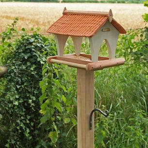 Pantile Barn Bird Table