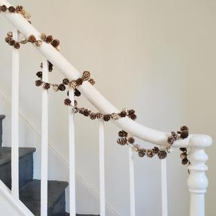 Multi Pinecone Garland