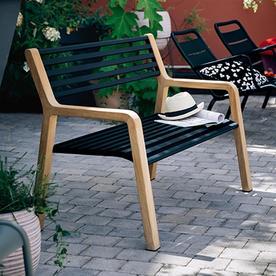 Somerset Bench with Teak Legs