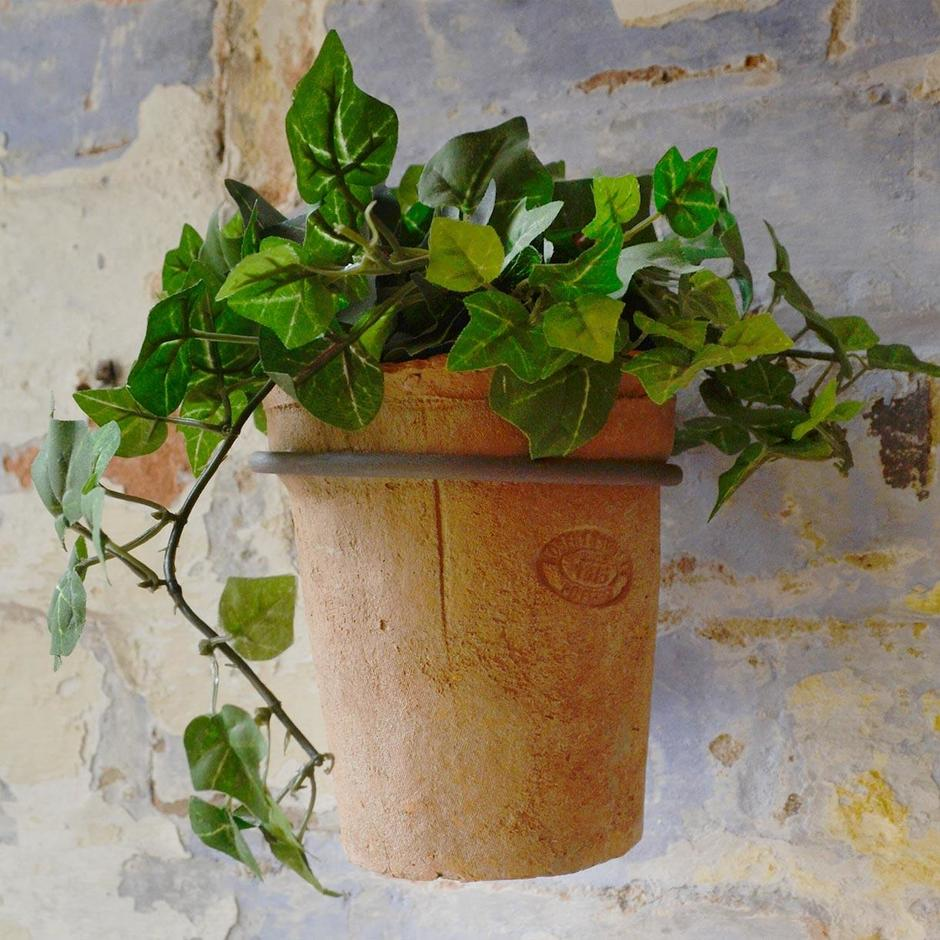 Cottage Garden Wall Pot