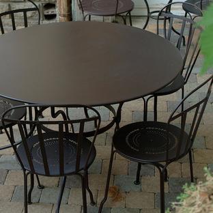 Opera 117cm Table