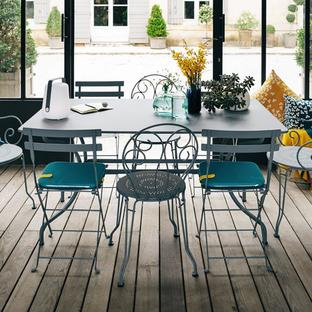 Manosque Table