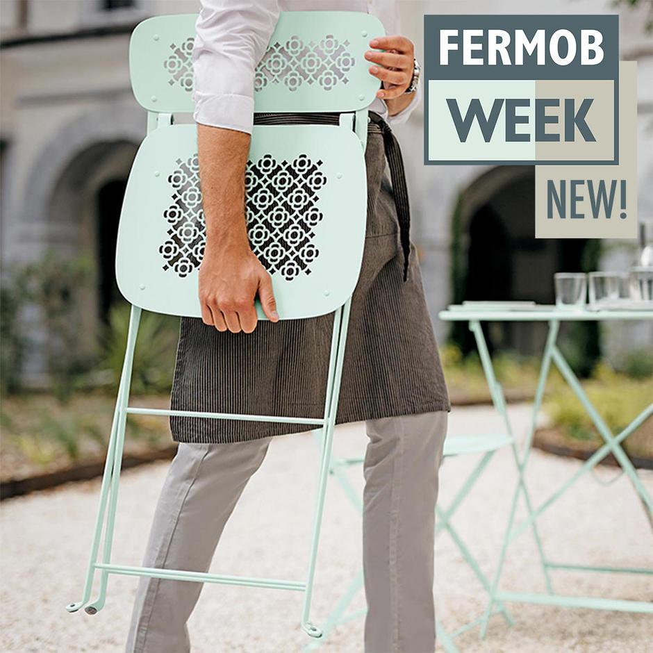 Home_main_lorette-folding-chair