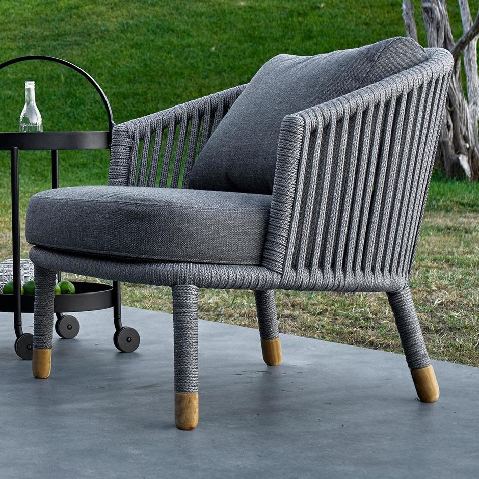 Moments Outdoor Lounge Chair