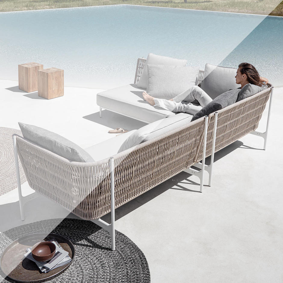 Outdoor Covers for Grand Weave Furniture by Gloster