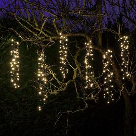 Snowing LED Cascade Cluster String Lights