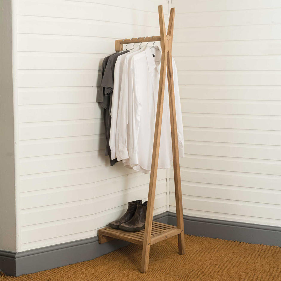 Totem Wall Mounted Clothes Rail