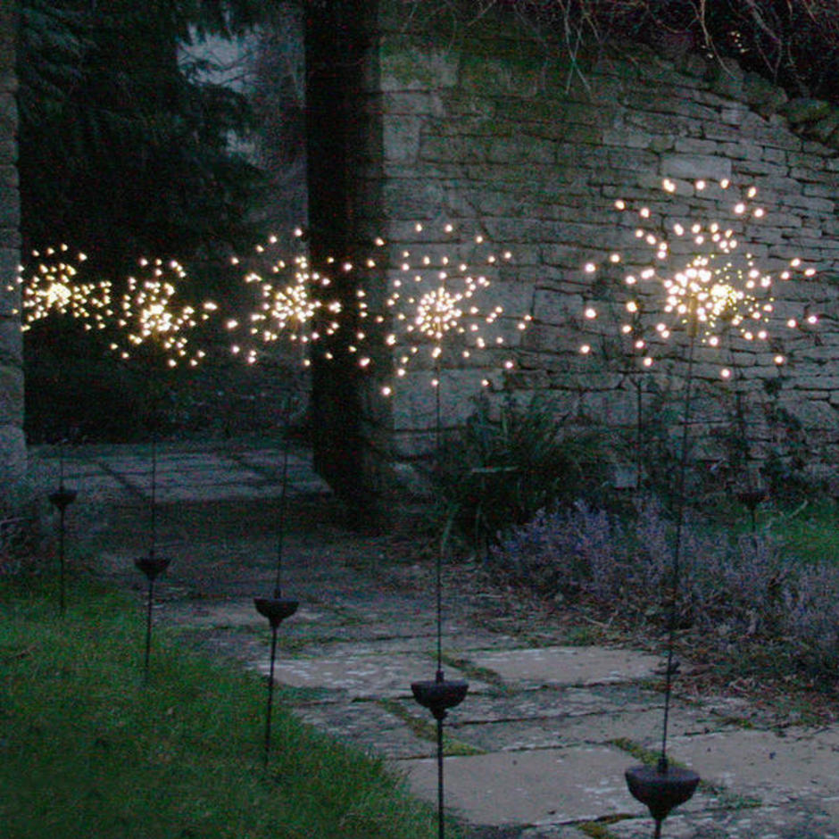 Allium Starburst LED Solar Outdoor Light Stake - Set of 5