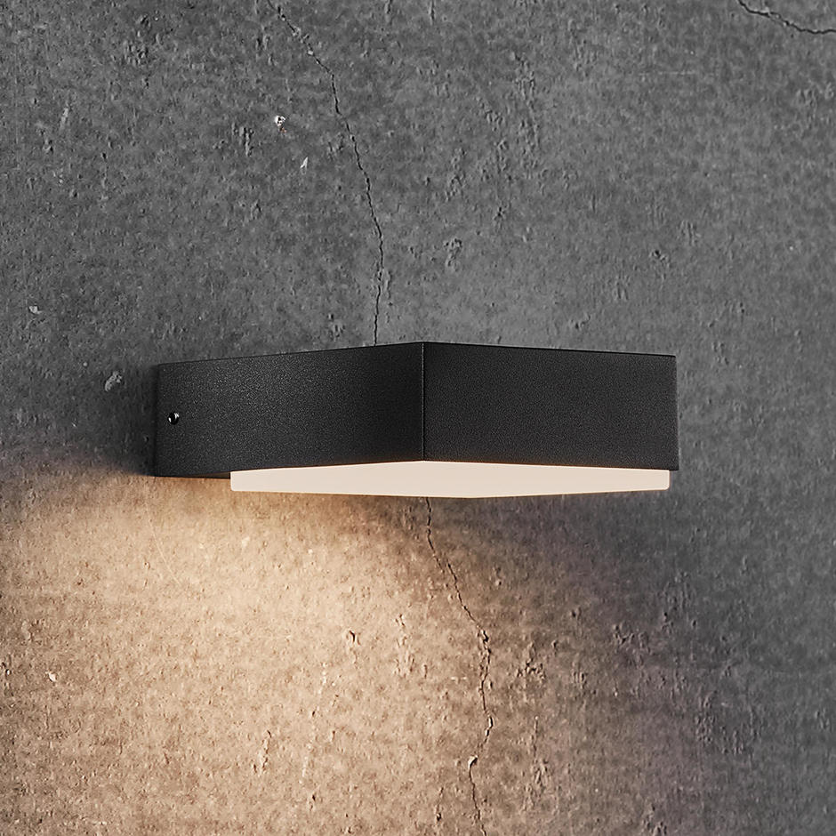 Piana Outdoor LED Wall Light
