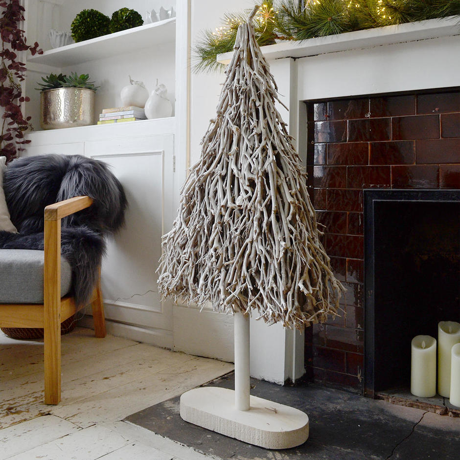 Rustic White Twig Flat Christmas Tree