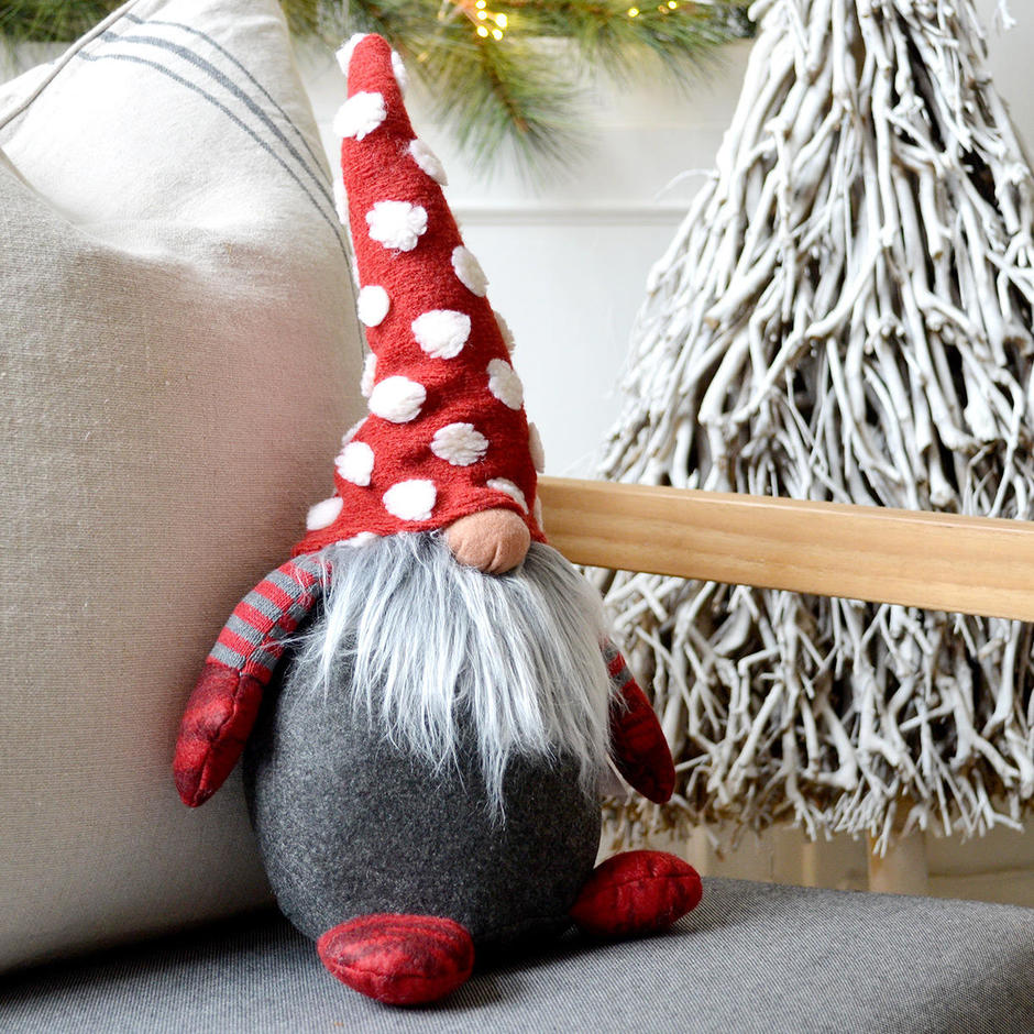 Red Spotty Hat Tomte