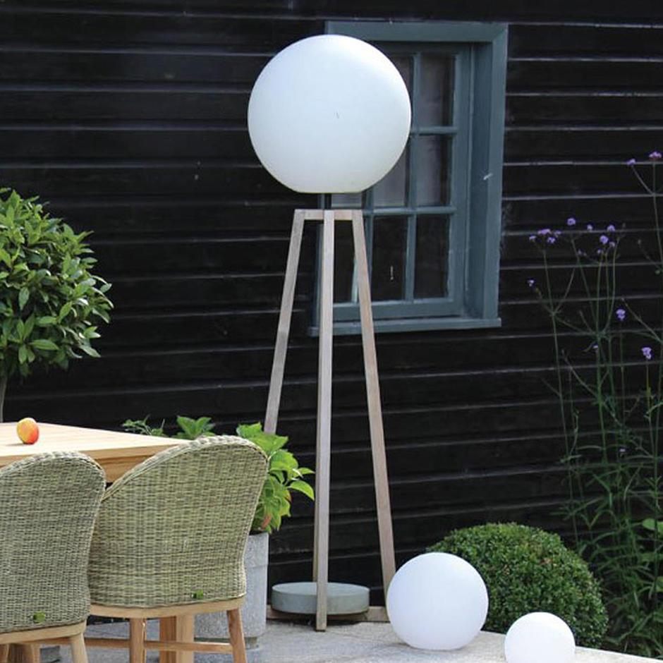 Luna Standard Outdoor Floor Lamp
