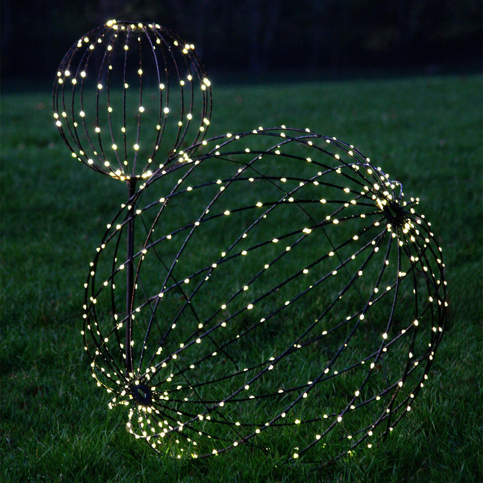 Solar Outdoor LED Decorative Spheres